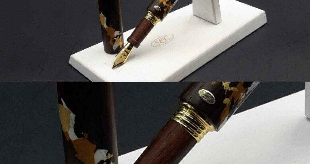 PINCEAU penna in legno dipinta a mano